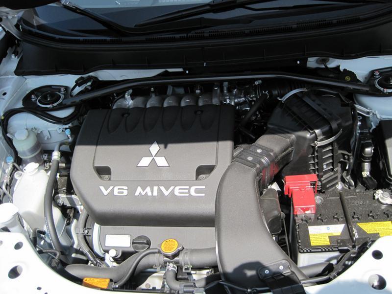 K/&N PANEL MITSUBISHI LANCER EVO X OUTLANDER 2008-ON 2.OL-2.4L-V6 KN 33-2392